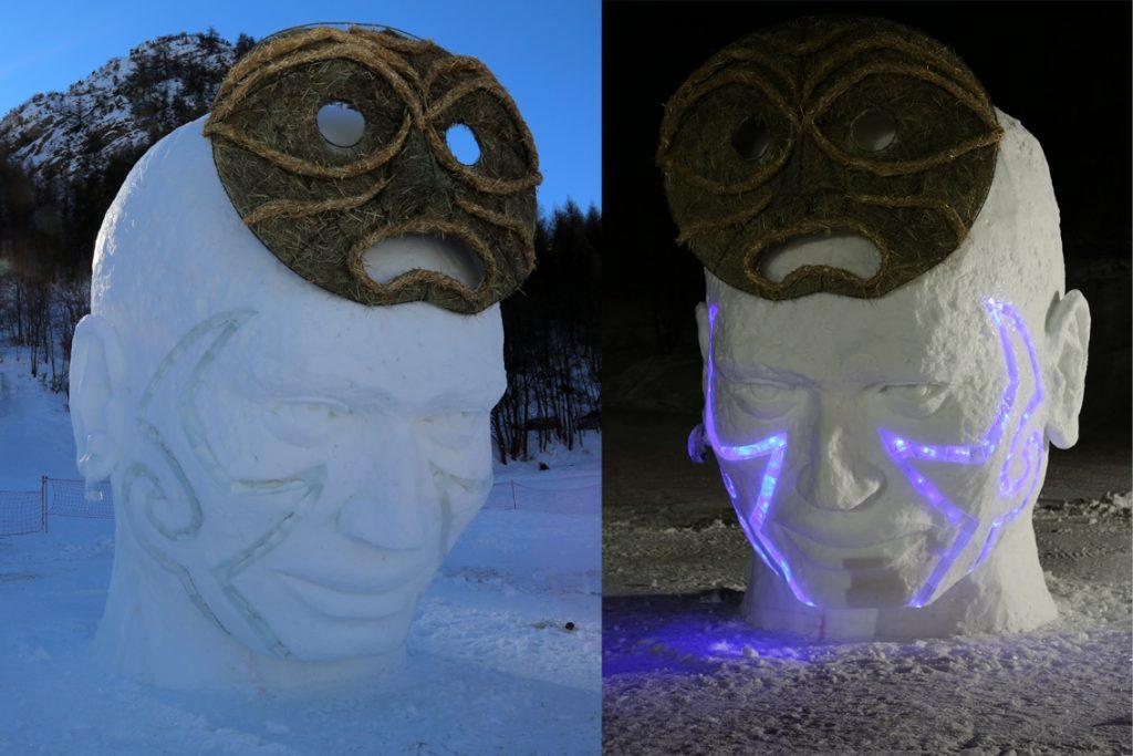 Sculpture en glace et neige réalisée en Off lors du concours international de sculpture sur neige à Valloire en 2017